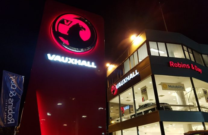 Go Vauxhall becomes part of Robins & Day by PSA Retail