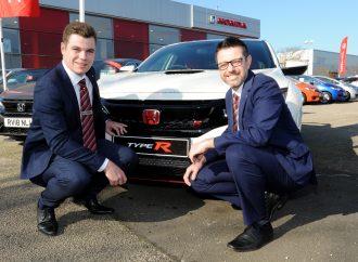 Vertu Honda promotes staff to fill two senior management roles