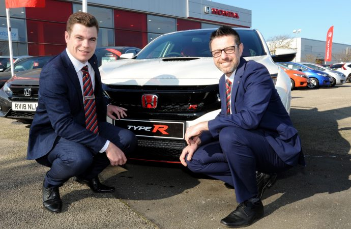 Vertu Honda promotes staff to fill two senior management roles