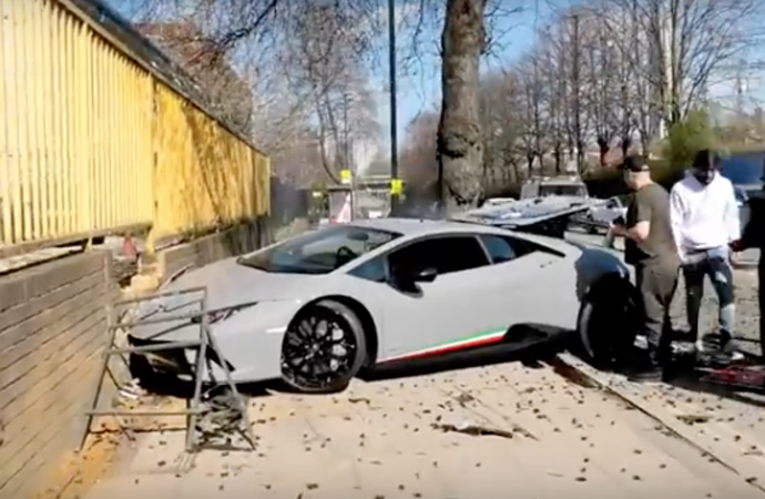 VIDEO  Disaster for Lamborghini driver after dealership supercar event da253abdc