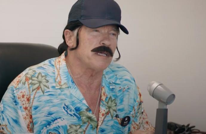 VIDEO: Arnold Schwarzenegger moves into car sales!