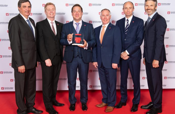 Toyota honours trio of UK retailers for top customer service