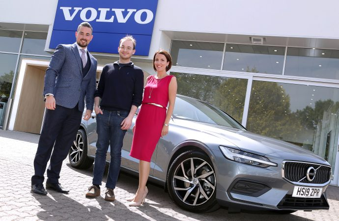 Click and collect: Volvo UK hands over first online-bought car