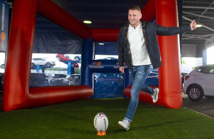 Rugby star Finn kicks off Motorpoint Conversion Challenge in Glasgow