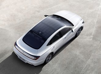 Hyundai launches solar roof charging system