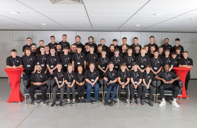 Arnold Clark welcomes 400 new apprentices