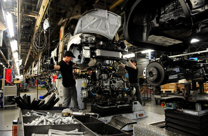 Nissan 'will review Qashqai production in UK in event of no-deal Brexit'