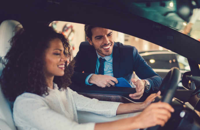 Potential number of vehicle buyers falls to all-time low, according to top company's report
