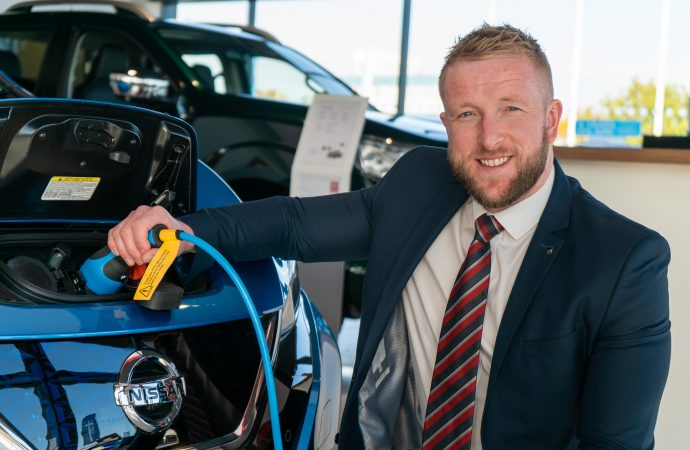 Darlington Nissan wins electric vehicle accreditation