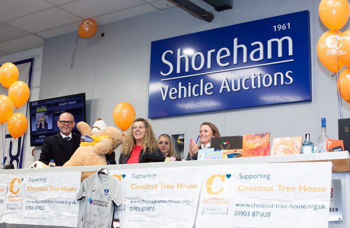 Gold Olympian Sally helps auctioneers take children's hospice fundraising above £150,000