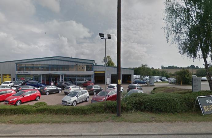 Online car sales among factors blamed for Ford dealership shutting