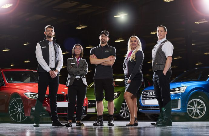 CarShop ditches the tie and suit as it launches new look for employees