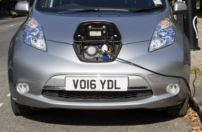 Government doubles funding for public electric car chargepoints