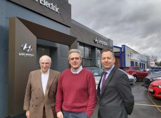 Friends Electric… MP discusses EV market with dealership group top brass